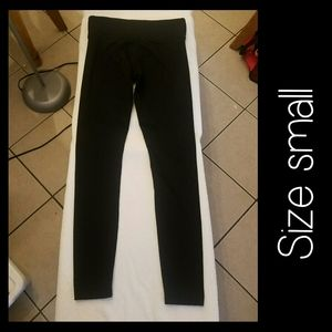 PINK ULTIMATE Leggings Size Small